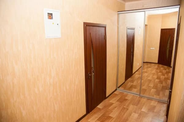 2 rooms Apartment on Soborny Avenue 182. Luxury class. Centre 11